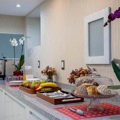 Отель Suites Coben Apartamentos Amueblados Мехико в номере