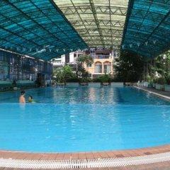Отель Park Avenue At Huamark Бангкок бассейн