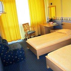 Отель Briz 2 Hotel Болгария, Варна - отзывы, цены и фото номеров - забронировать отель Briz 2 Hotel онлайн комната для гостей фото 2