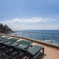 Отель Rosamar Maxim - Adults Only Испания, Льорет-де-Мар - 1 отзыв об отеле, цены и фото номеров - забронировать отель Rosamar Maxim - Adults Only онлайн пляж