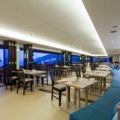 Отель Centara Blue Marine Resort & Spa Phuket Таиланд, Пхукет - отзывы, цены и фото номеров - забронировать отель Centara Blue Marine Resort & Spa Phuket онлайн питание фото 3