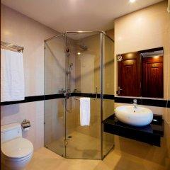 Отель Red Sun Nha Trang Hotel Вьетнам, Нячанг - отзывы, цены и фото номеров - забронировать отель Red Sun Nha Trang Hotel онлайн ванная фото 2