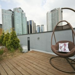 Отель Lumia Hotel Myeongdong Южная Корея, Сеул - отзывы, цены и фото номеров - забронировать отель Lumia Hotel Myeongdong онлайн балкон