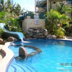 Отель Grand Melanesian Hotel Фиджи, Вити-Леву - отзывы, цены и фото номеров - забронировать отель Grand Melanesian Hotel онлайн бассейн