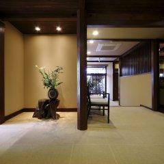 Отель Kusayane no Yado Ryunohige Япония, Хидзи - отзывы, цены и фото номеров - забронировать отель Kusayane no Yado Ryunohige онлайн интерьер отеля