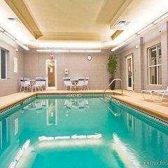 Holiday Inn Express Hotel & Suites Saint Augustine North бассейн