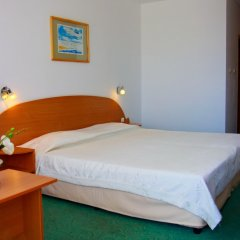Park Hotel Kini- All Incusive сейф в номере