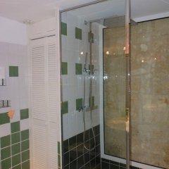 Отель Les Logis Du Roy Франция, Сент-Эмильон - отзывы, цены и фото номеров - забронировать отель Les Logis Du Roy онлайн ванная фото 2