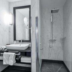Отель Maison Astor Paris, A Curio By Hilton Collection Париж ванная фото 2