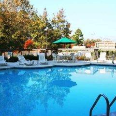 Отель Hampton Inn Meridian бассейн фото 2
