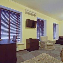 Гостиница Меблированные комнаты комфорт Австрийский Дворик Стандартный номер с двуспальной кроватью фото 13