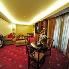 Отель Le Royal Hotels & Resorts - Amman фитнесс-зал фото 4