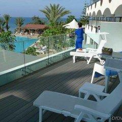 Отель Crystal Springs Beach Hotel Кипр, Протарас - 13 отзывов об отеле, цены и фото номеров - забронировать отель Crystal Springs Beach Hotel онлайн балкон
