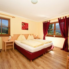 Отель Landhaus Strasser Австрия, Зёлль - отзывы, цены и фото номеров - забронировать отель Landhaus Strasser онлайн