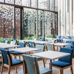 Отель Holiday Inn Express Bangkok Soi Soonvijai питание