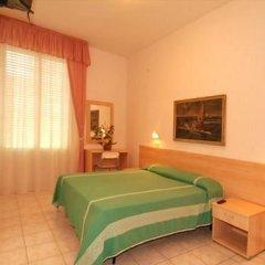 Hotel Jolanda Беллария-Иджеа-Марина сейф в номере