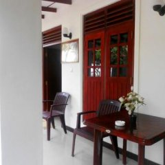 Sylvester Villa Hostel Negombo балкон