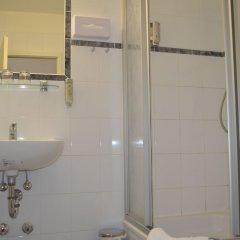 Отель Jahrhunderthotel Leipzig Германия, Ройдниц-Торнберг - отзывы, цены и фото номеров - забронировать отель Jahrhunderthotel Leipzig онлайн ванная фото 2