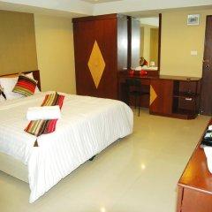 Отель Riski Residence Charoen Krung сейф в номере
