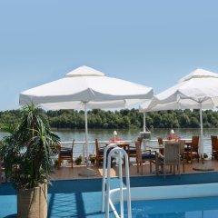 Отель Compass River City Boatel бассейн фото 3