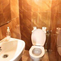 Отель Hostal Mont Thabor ванная фото 2