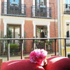 Отель Hostal Bruña Мадрид балкон