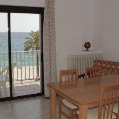 Отель Apartamentos Zodiac Испания, Льорет-де-Мар - отзывы, цены и фото номеров - забронировать отель Apartamentos Zodiac онлайн комната для гостей фото 4