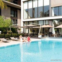 Отель Novotel Monte-Carlo бассейн