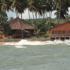 Отель Coconut Grove Beach Resort пляж фото 2
