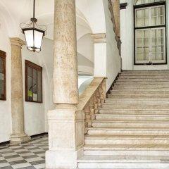 Отель La Piazzetta Rooms Генуя интерьер отеля фото 2