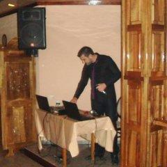 Отель Agarta Family Hotel Болгария, Чепеларе - отзывы, цены и фото номеров - забронировать отель Agarta Family Hotel онлайн питание