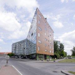 Отель Tallinn Harbour Apartment Эстония, Таллин - отзывы, цены и фото номеров - забронировать отель Tallinn Harbour Apartment онлайн парковка