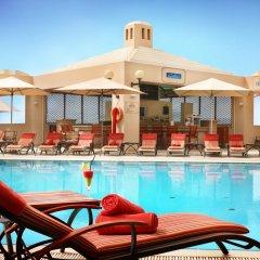 Отель Roda Al Bustan бассейн