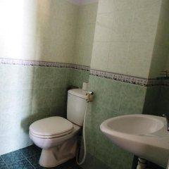 Отель Ngan Pho Hotel Вьетнам, Нячанг - отзывы, цены и фото номеров - забронировать отель Ngan Pho Hotel онлайн ванная