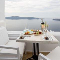 Отель Above Blue Suites Греция, Остров Санторини - отзывы, цены и фото номеров - забронировать отель Above Blue Suites онлайн балкон