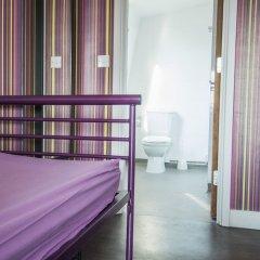 Отель Safestay London Kensington Holland Park Великобритания, Лондон - 1 отзыв об отеле, цены и фото номеров - забронировать отель Safestay London Kensington Holland Park онлайн комната для гостей фото 4
