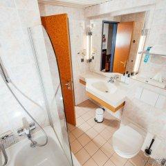 Hotel Hubert Grand Place Брюссель ванная фото 2
