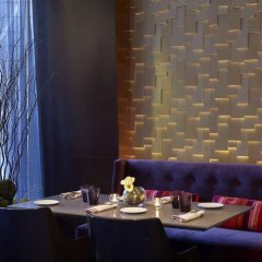 Отель DoubleTree by Hilton Montreal Канада, Монреаль - отзывы, цены и фото номеров - забронировать отель DoubleTree by Hilton Montreal онлайн интерьер отеля фото 3