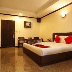 Royal Panerai Hotel сейф в номере
