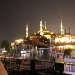 Orient Hostel Стамбул приотельная территория
