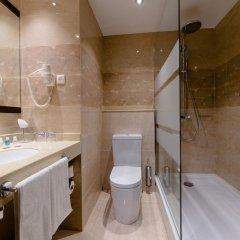Гостиница Holiday Inn Aktau Казахстан, Актау - отзывы, цены и фото номеров - забронировать гостиницу Holiday Inn Aktau онлайн ванная фото 2