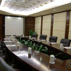 Отель Grand Holiday Hotel Китай, Шэньчжэнь - отзывы, цены и фото номеров - забронировать отель Grand Holiday Hotel онлайн помещение для мероприятий