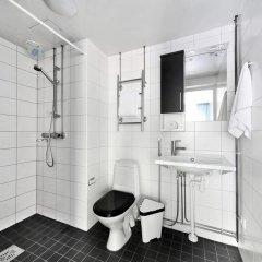 Отель Sato Hotelhome Kamppi Хельсинки ванная