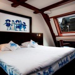 Die Port van Cleve Hotel сейф в номере