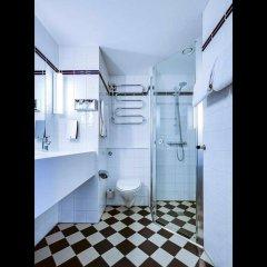 Отель Comfort Hotel Vesterbro Дания, Копенгаген - 1 отзыв об отеле, цены и фото номеров - забронировать отель Comfort Hotel Vesterbro онлайн ванная