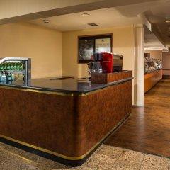 Отель DoubleTree by Hilton Carson интерьер отеля фото 2