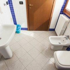Отель Greco Италия, Милан - 1 отзыв об отеле, цены и фото номеров - забронировать отель Greco онлайн ванная фото 2