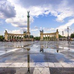 Отель Ibis Heroes Square Будапешт парковка
