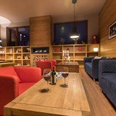 Отель White Lavina Spa and Ski Lodge развлечения