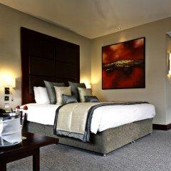 Leonardo Royal Hotel London St Paul's сейф в номере